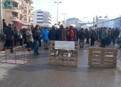 Пазарџиите на протест, немаат пари за лиценци