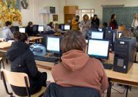 Средношколци на тестирање за претприемнички вештини