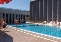 Масовна посетеност на отворениот базен