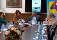 """Општината потпиша Меморандум за соработка со Институтот """"ЕВРОПА ЗА ТЕБЕ"""""""