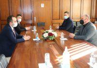 Зошто Максим Димитриевски се сретна со министерот за информатичко општество? (видео)