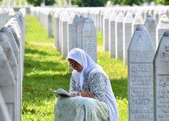 """Големата """"врева"""" во врска со резолуцијата за Сребреница"""
